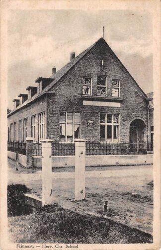 Ansichtkaart Fijnaart Herv. Chr. School Moerdijk 1928 HC28414