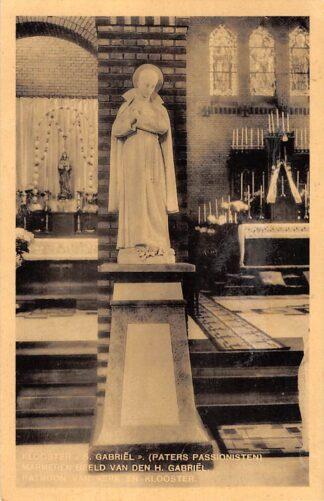 Ansichtkaart Haastrecht Klooster S. Gabriel Paters Passionisten Marmeren beeld van den H. Gabriel Patroon van Kerk en Klooster HC28468