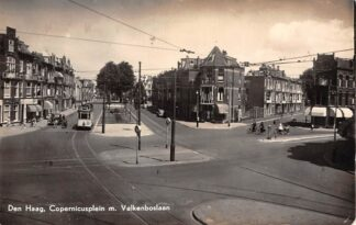 Ansichtkaart 's-Gravenhage Copernicusplein en Valkenboslaan 1958 Tram lijn 15 HC28507