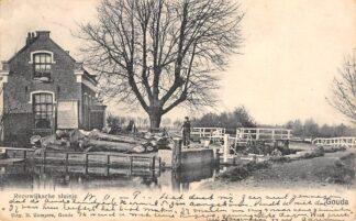 Ansichtkaart Gouda Reeuwijksche Sluisje Burgvlietkade Reeuwijk Gompers 1900 HC28604