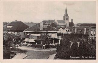 Ansichtkaart Bodegraven Bij het Station Stationsstraat 1948 HC28810