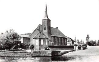 Ansichtkaart Krimpen aan de Lek Ned. Herv. Kerk en aanlegplaats veerpont HC28814