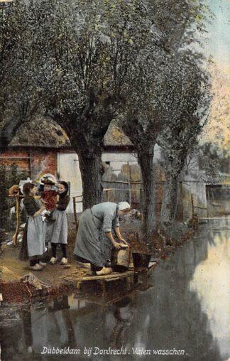 Ansichtkaart Dubbeldam bij Dordrecht Vaten wasschen 1906 HC29037