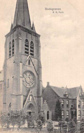 Ansichtkaart Bodegraven R.K. Kerk met Pastorie HC29152