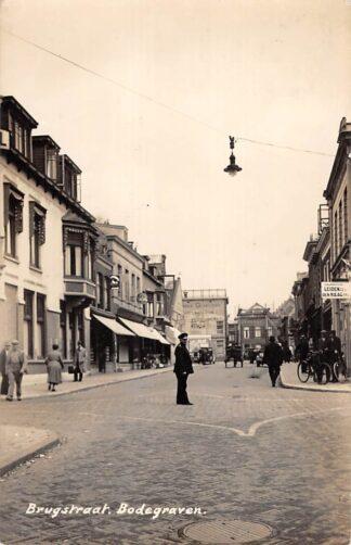 Ansichtkaart Bodegraven Brugstraat Newo fotokaart 1942 HC29155
