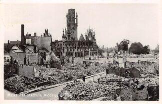 Ansichtkaart Middelburg 1946 Markt met Stadhuis na bombardement WO2 HC29341