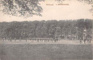 Ansichtkaart 's-Gravenhage Malieveld met soldaten Militair HC29577