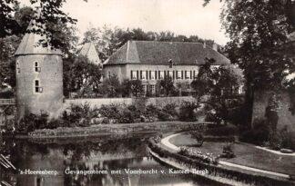 Ansichtkaart 's-Heerenberg Gevangentoren met Voorburcht van Kasteel Bergh 1959 HC29880