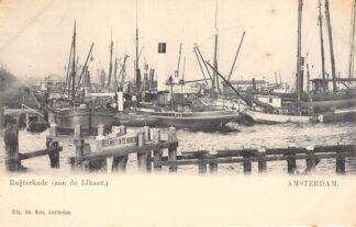 Ansichtkaart Amsterdam Ruijterkade aan de IJkant Binnenvaart schepen Sleepboot Scheepvaart HC29947